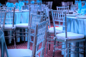 clear chiavari chairs clear or pink chiavari chairs