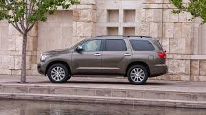 nissan armada vs toyota sequoia 2017 toyota sequoia review u0026 ratings edmunds