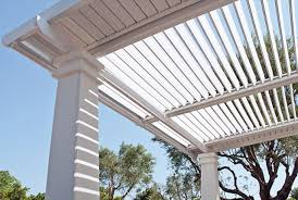 tettoie e pergolati in legno tettoie pergole pensiline verande e tende cosa occorre sapere