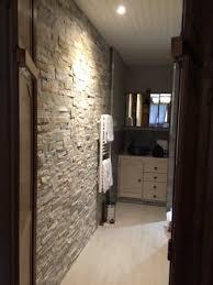 cachee dans la chambre chambre avec lumière au goût du hôte salle de bain cachée