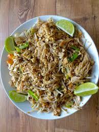 recette cuisine thailandaise traditionnelle pad thaï recette authentique thaïlandaise 196 flavors