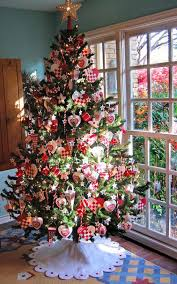 Small Christmas Trees For Decorating by 30 Christmas Tree Diy Ideas Art And Design