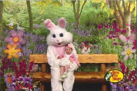 maggie meets the easter bunny for the first time theitbaby