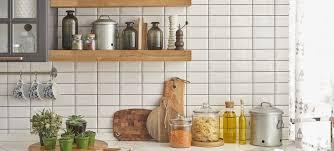 carrelage cr馘ence cuisine faience cuisine faience style metro mro en id es d co argent