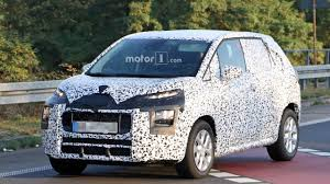 2017 citroen c3 picasso partially shows its quirky face