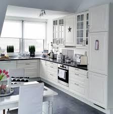 Schwarz Weis Wohnzimmer Bilder Hausdekorationen Und Modernen Möbeln Kleines Ehrfürchtiges
