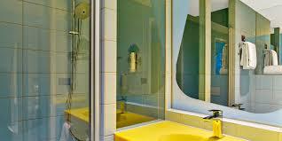 badezimmer hannover zimmer in hannover city im budget design hotel prizeotel