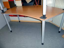 Elektrisch H Enverstellbarer Schreibtisch Gebrauchte Büro Schreibtische Berlin Gebrauchte B Rom Bel