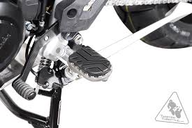 sw motech on road off road footpegs for triumph tiger 800 u002711 u002714