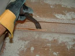 Removing Laminate Flooring Do You Want To Install Laminate Flooring On Your Stairs Diy