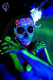 79 best glow images on pinterest black lights make up and uv makeup
