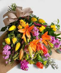 bouquet delivery vibrant floral bouquet delivery everett lynnwood wa