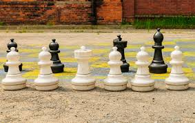 Diy Chess Set by 5 Diy Sports For Kids You Can Set Up In Your Backyard Integrated