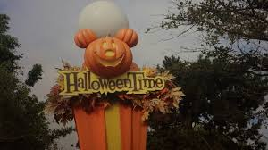 halloween time at disneyland u0026 dca has begun passholder again
