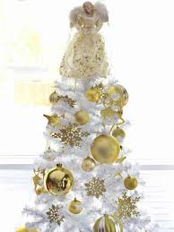 white and gold christmas decorations ne wall