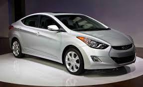 hyundai elantra 2011 model 2011 hyundai elantra debuts hyundai elantra car and driver