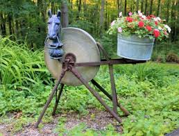adding antique rust from the farm to your garden flea market