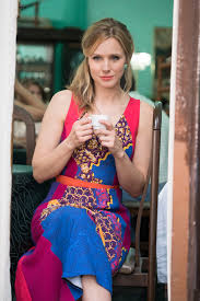 kristen bell uses u0027every mean bone u0027 in her body in house of lies