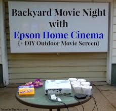 Backyard Outdoor Theater by Best 20 Outdoor Movie Screen Ideas On Pinterest Outdoor Movie
