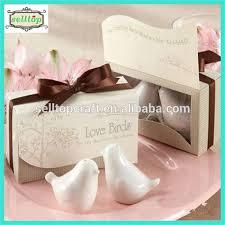 salt and pepper wedding favors cheaper ceramic salt and pepper shaker wedding favors in the