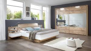Schlafzimmer Mit Betten In Komforth E Möbel Weirauch Oldenburg R ä U M E Schlafzimmer Betten