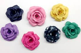 paper roses make these lovely paper roses instead of buying flowers for