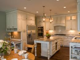 modern cottag style kitchen designs with nice kitchen island with