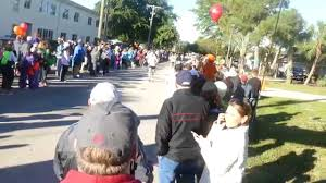 thanksgiving day races run 4 the pies a four mile road race thanksgiving day tradition