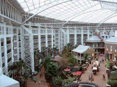 welcome to the spectacular gaylord opryland resort the premier