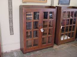 Wood Bookshelves With Doors by Bookshelves With Glass Doors Design U2014 Home Ideas Collection