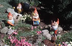 garden gnomes photos