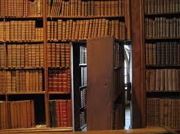 10 kick secret passage bookshelves