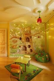 fresque chambre fille fresque murale dans la chambre d enfant 35 dessins joviaux