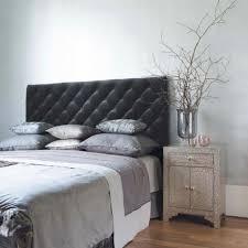 chambre gris et rouge murs et ameublement chambre tout en gris tendance