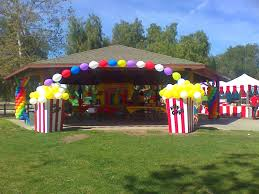 carnival party rentals so easy 8 large pieces of cardboard balloons stripe the