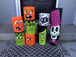 halloween decorations made out of fence post by ann protz made