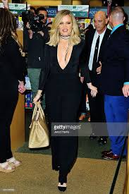 Barnes And Nobles San Diego Khloe Kardashian Book Signing For