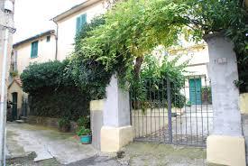 immobilien toskana haus in dorflage mit garten terrasse und