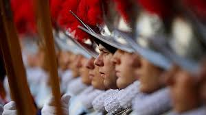 siege social swiss swiss guard swears in 40 recruits euronews