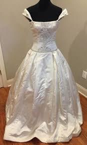 reem acra 499 size 6 used wedding dresses