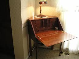 Secretary Desk Hutch by Small Corner Secretary Desk Designs Bedroom Ideas