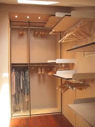 walk in closet in under roof room idfdesign