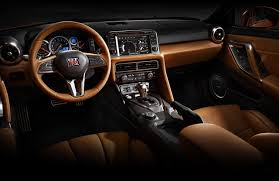 2018 nissan rogue interior refresh and add new features