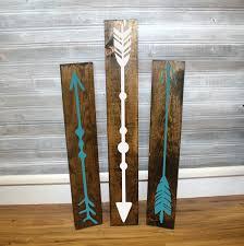 reclaimed wood arrow sigs set of 3 wall decor arrow design