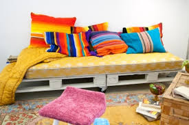 Pallet Sofa Cushions by Top 30 Diy Pallet Sofa Ideas 101 Pallets