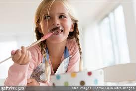 cuisiner avec ses enfants fabriquer ses chocolats maison en famille pour noël ou pâques