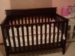 Graco Espresso Convertible Crib Crib Is Set Up I 3 Graco The Bump
