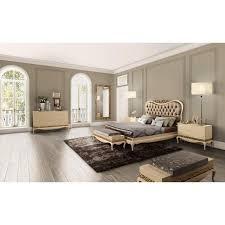 chambre adulte de luxe or ou argent et commode baroque