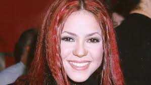 what color is shakira s hair 2015 shakira s beauty evolution see her hair makeup looks instyle com