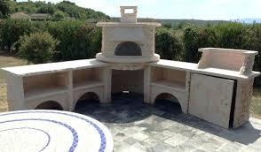 cuisine exterieure beton cuisine d exterieur cuisine ete avec four a bois et plan de